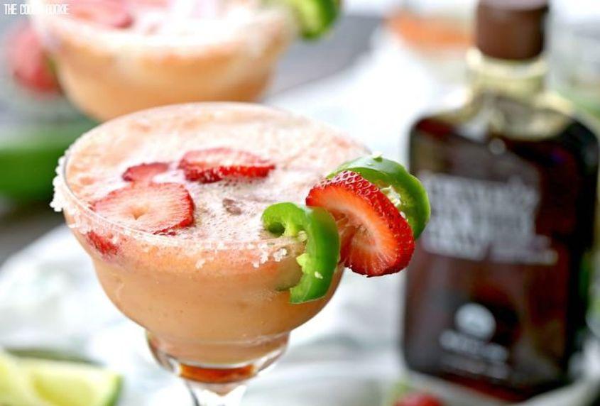 Skinny Strawberry Jalapeno Margarita 7
