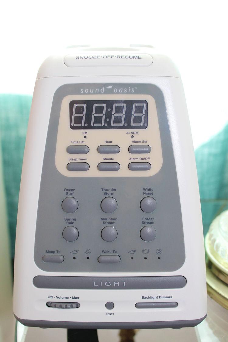 Sound Oasis Clock