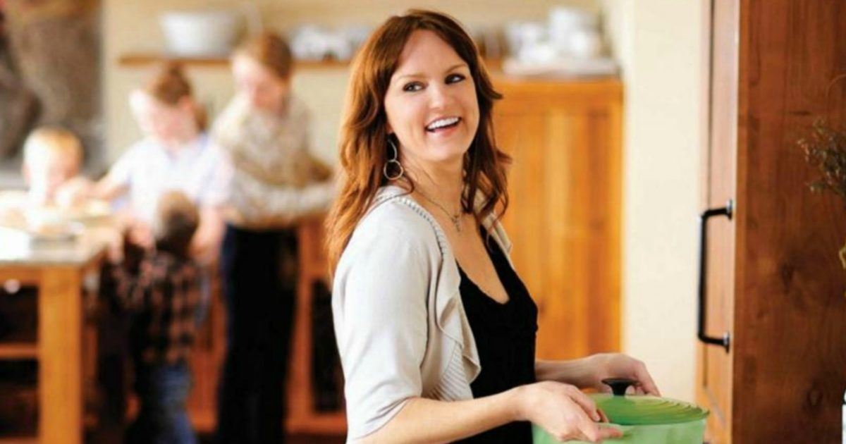 Confessions of a pioneer woman life with ree drummond for Drummond cleaning products