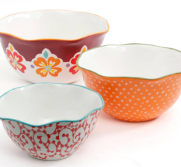 Featured Product Scalloped Edge Serving Bowls
