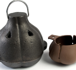 Featured Product Cast Iron Garlic Roaster and Squeezer Set