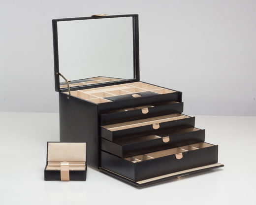 Featured Product Chloé Jewelry Box