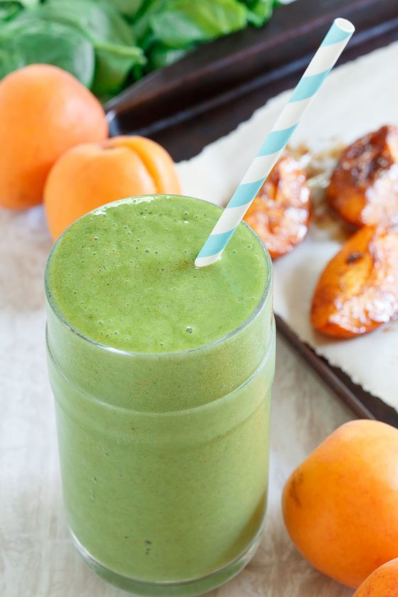 Roasted Apricot Green Smoothie 2