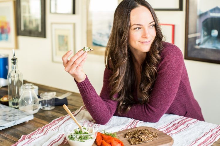 Nutritionist Kelly Leveque Answers Our Burning Nutrition Questions