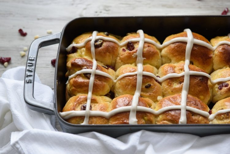Cranberry White Chocolate Macadamia Hot Cross Buns