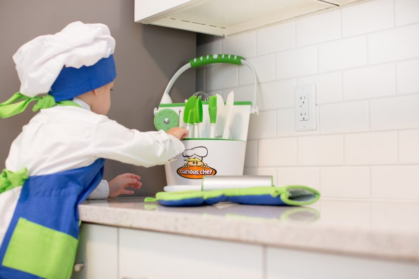 Cooking-With-Kids-7235-resize