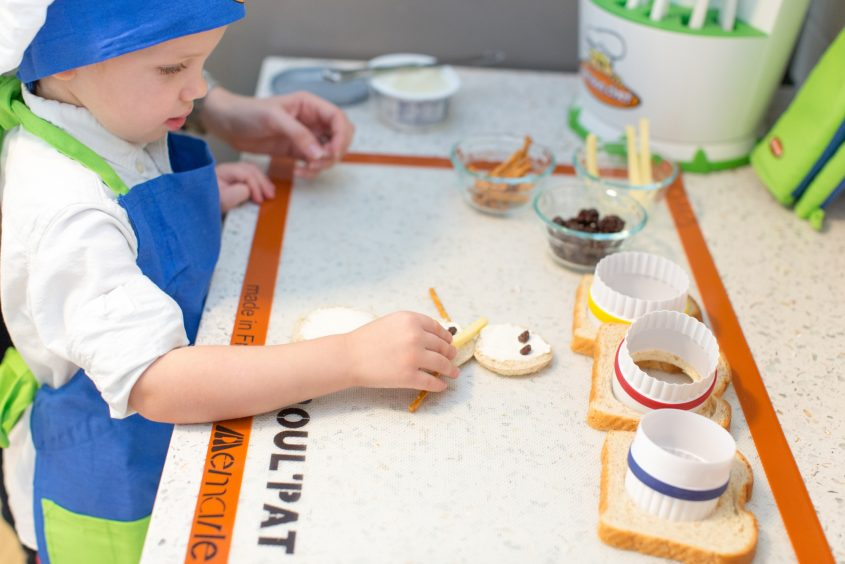 Cooking-With-Kids-IHAInspiredHome-ChocolateCarrots-7291