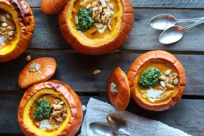 Roasted Garlic Sage Pesto Pumpkin Soup With Spicy Fried Pumpkin Seeds 112