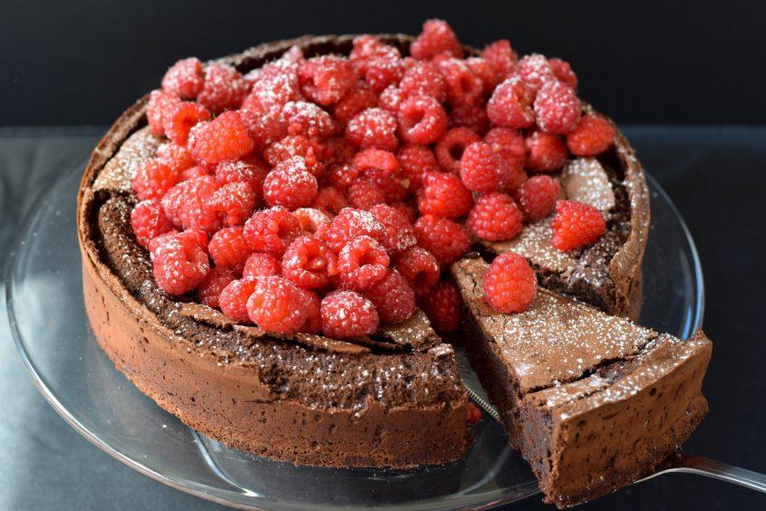 Flourless Chocolate Cake Slice Server