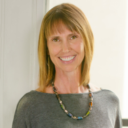 Kelly Pemberton, LMFT #100286, LEP #2765, Licensed Marriage & Family Therapist in Sacramento, CA