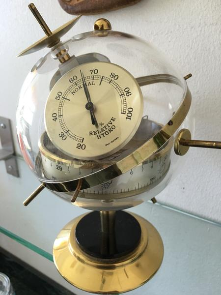 Huger BGM Sputnik Weather Station