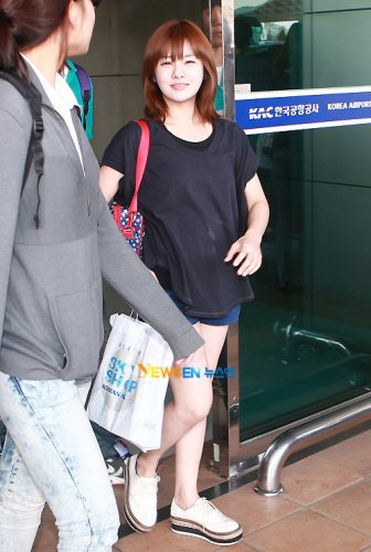 T-ara back from Japan (09/04)005