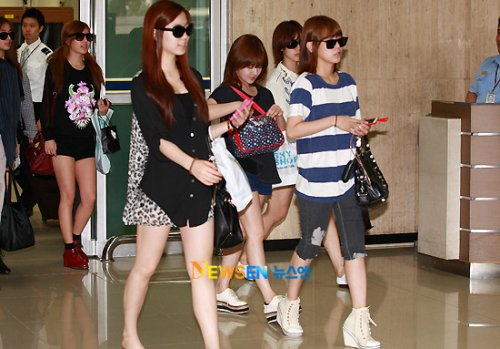 T-ara back from Japan (09/04)004
