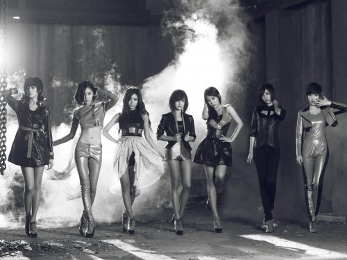 T-ara BLACK EYES Cover Pictures Without Logo (11/11/11) -- 008