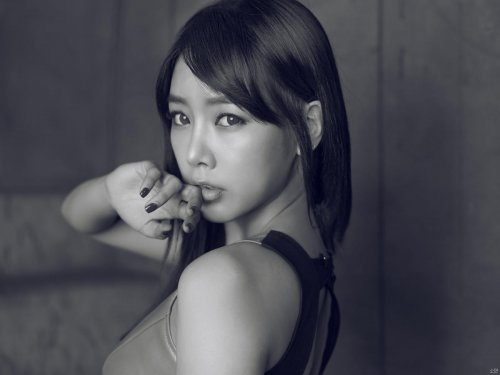 T-ara BLACK EYES Cover Pictures Without Logo (11/11/11) -- 006