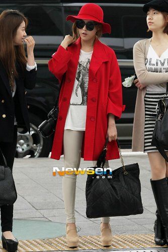 [TIARADIADEM.COM] T Ara At Incheon International Airport Departure For Europe (04.10)073