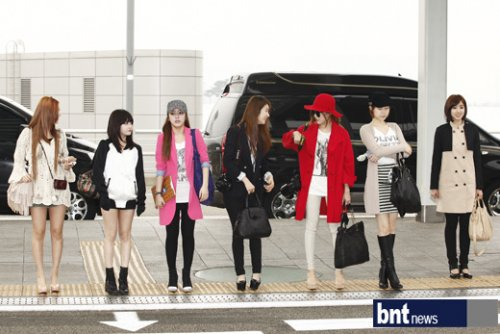 [TIARADIADEM.COM] T Ara At Incheon International Airport Departure For Europe (04.10)095
