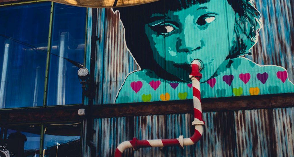 La Street Art invisibile: i 5 luoghi a Londra dove non ti aspetteresti mai di vedere dei graffiti.