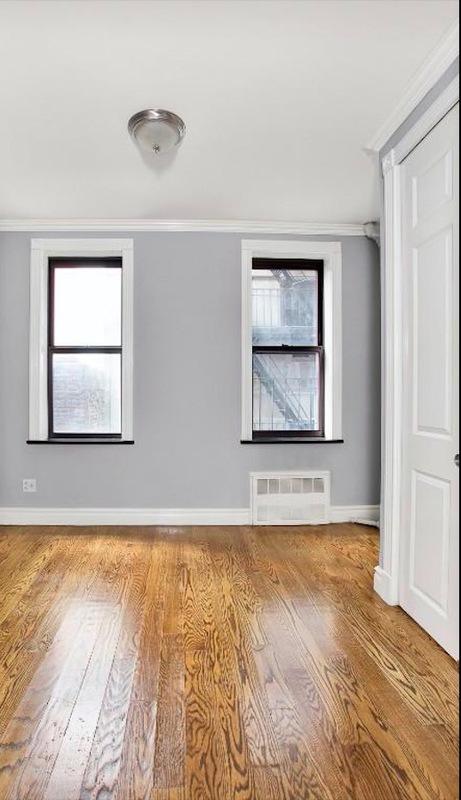 221 east 23rd street bedroom