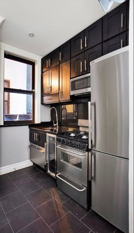 221 east 23rd street kitchen%282%29