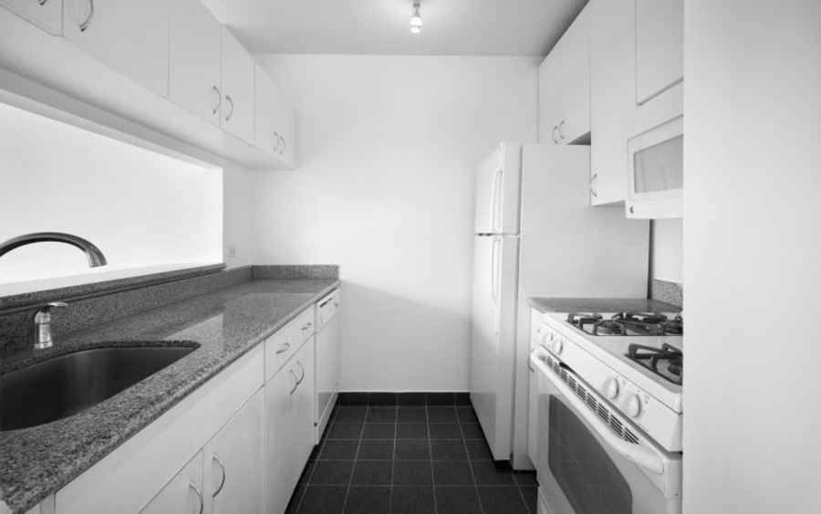 200 west 60th street concerto 22b kitchenlow