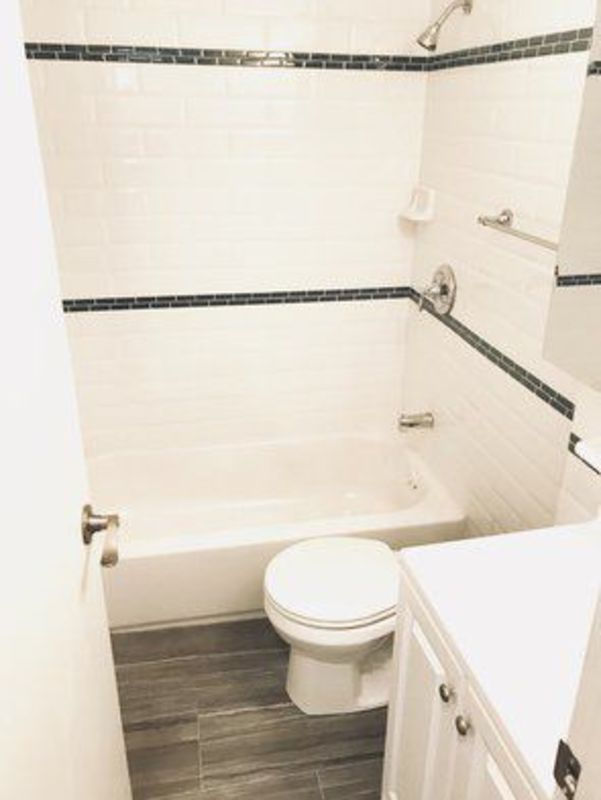 239 east 53rd street bathroom 2