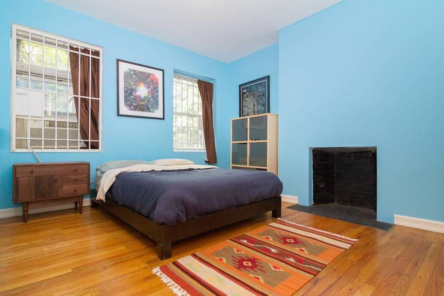 319 sixth avenue bedroom