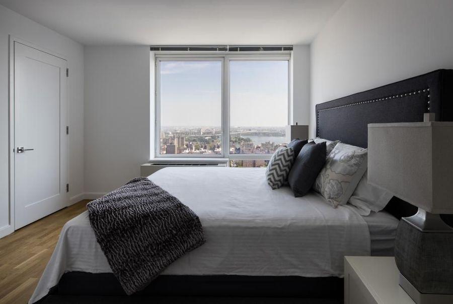1214 fifth avenue bedroom