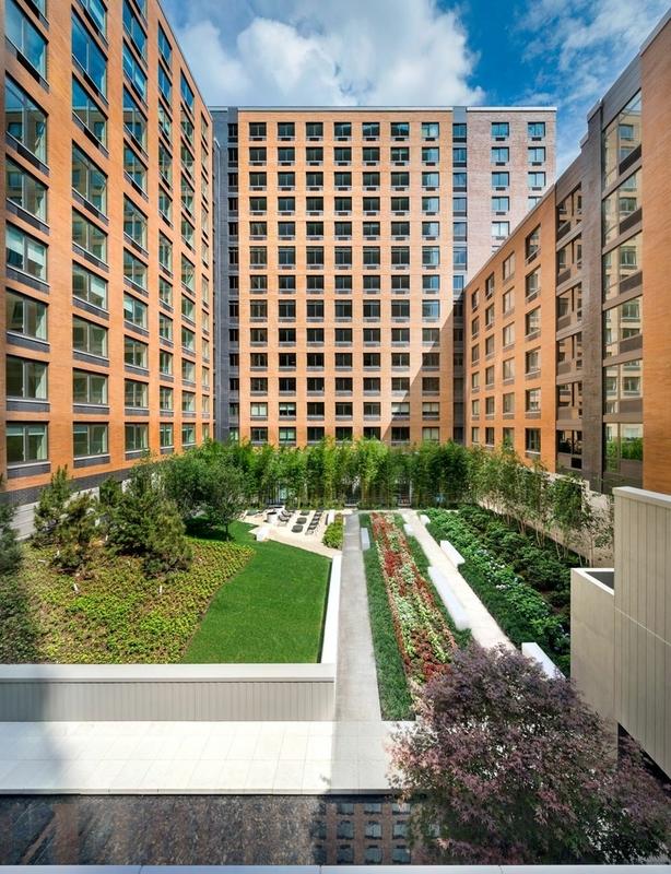 Gotham west courtyard1