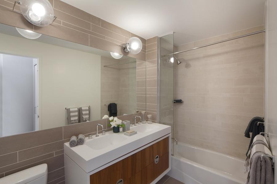 Gotham west bathroom2