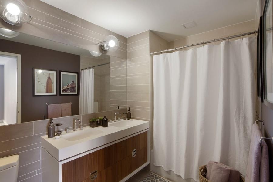 Gotham west bathroom3