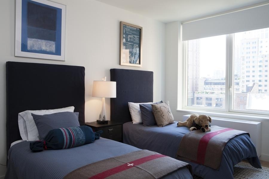Gotham west bedroom2