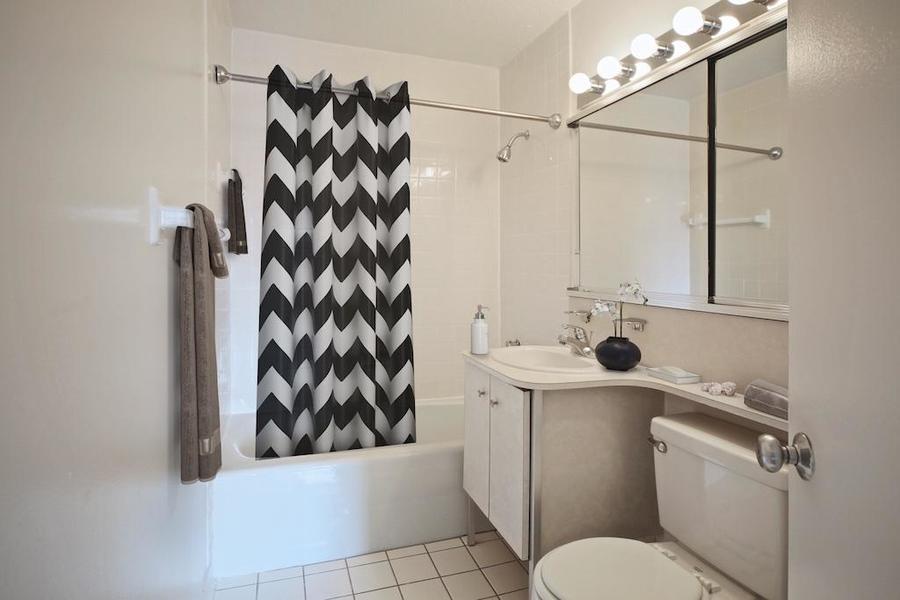 Waterside plaza bathroom