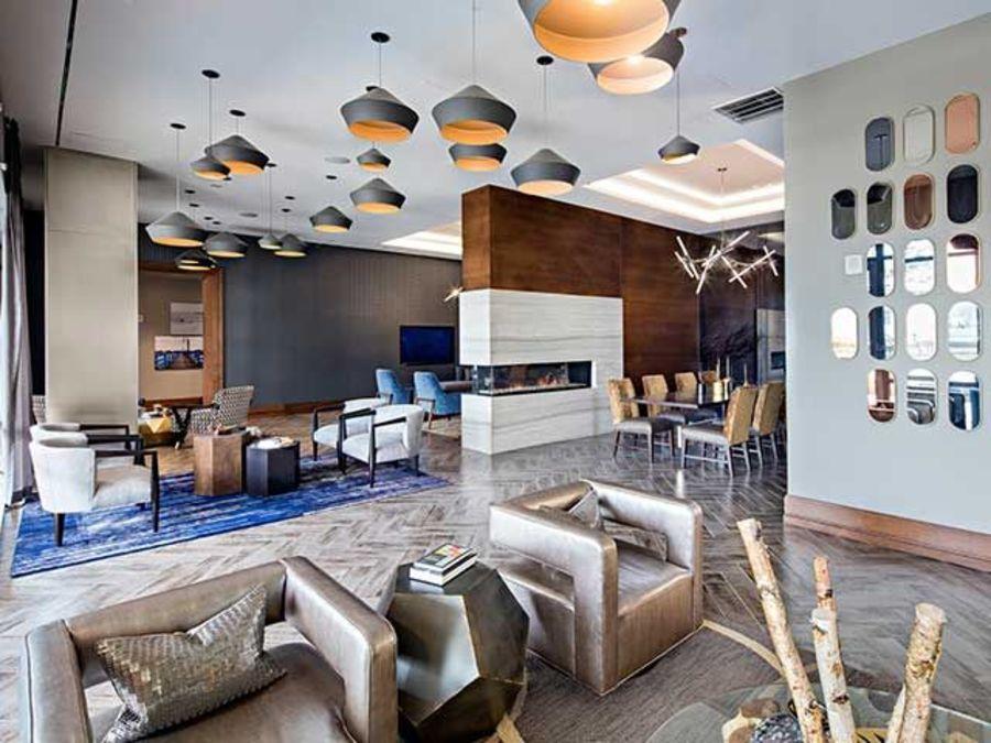 1501 voorhies avenue lounge1