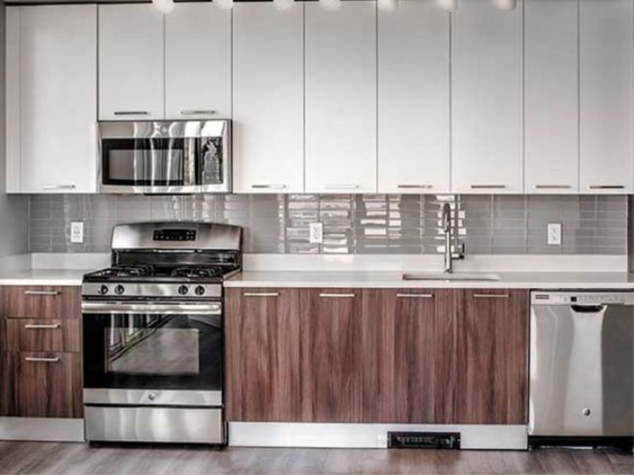 1501 voorhies avenue kitchen1