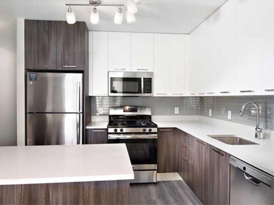 1501 voorhies avenue kitchen4