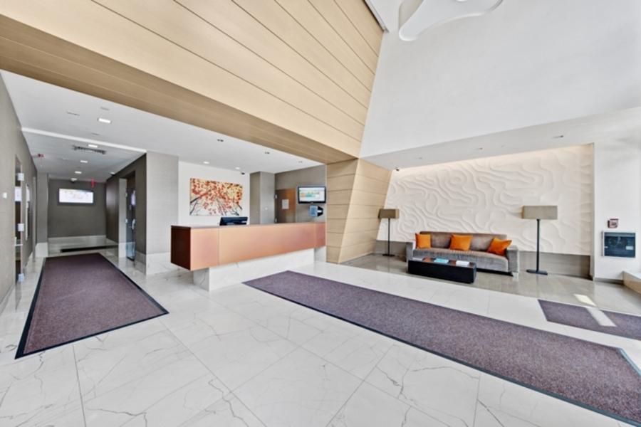 150 fourth avenue lobby1