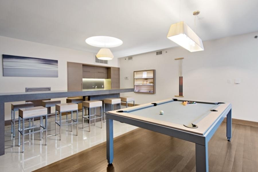 150 fourth avenue lounge1