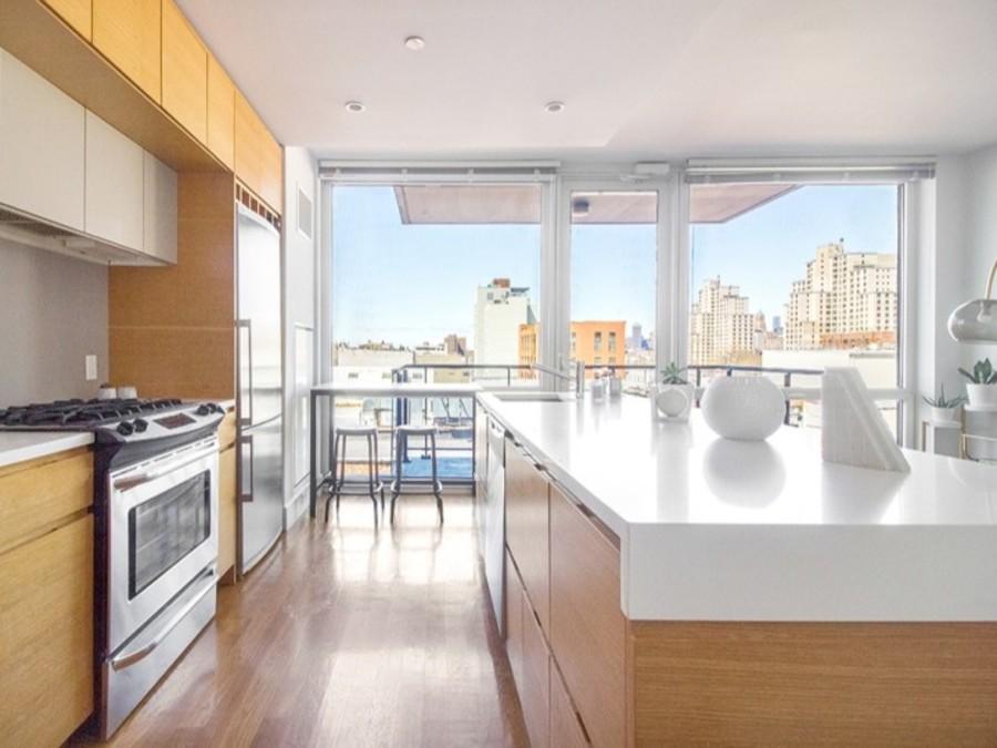 150 fourth avenue kitchen2