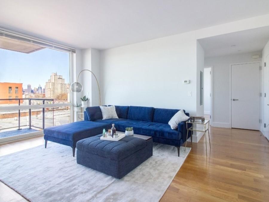 150 fourth avenue living room2