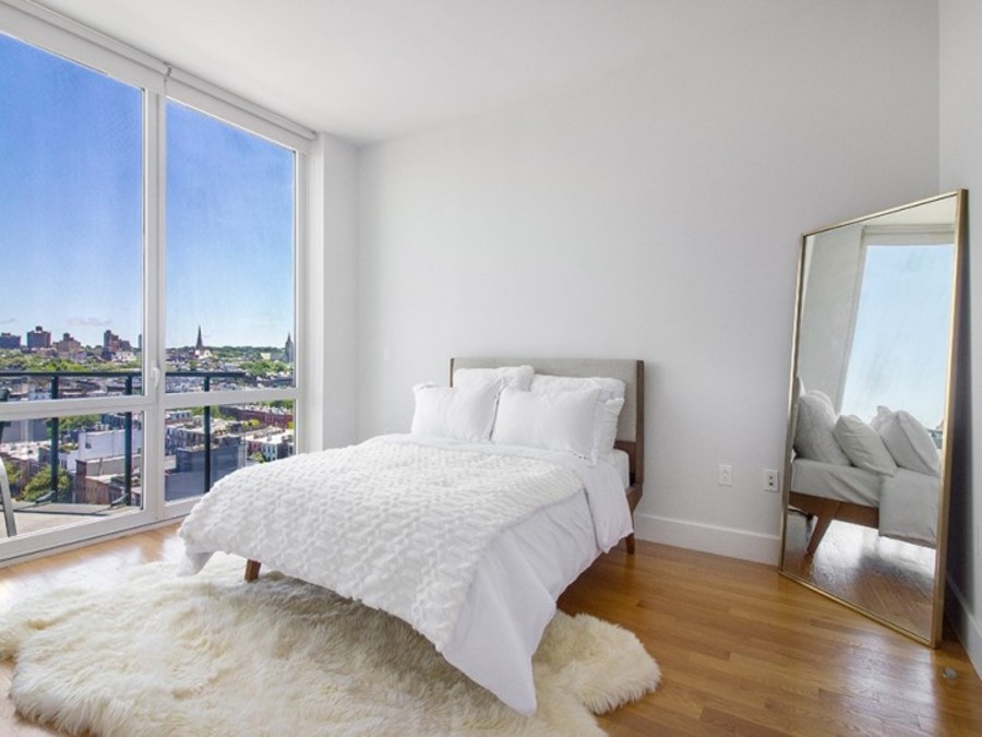 150 fourth avenue bedroom1