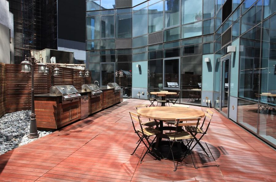 66 rockwell place courtyard1