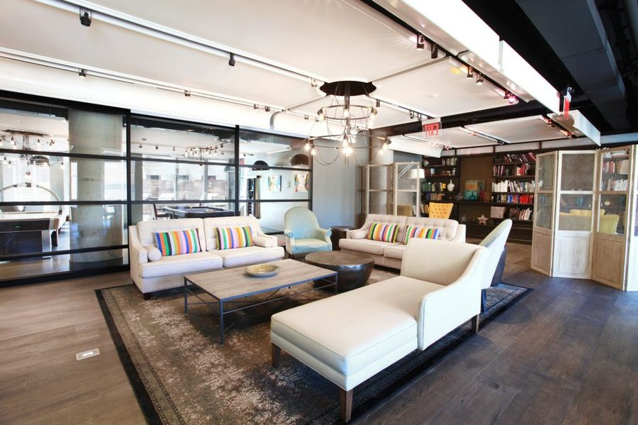 66 rockwell place lounge1