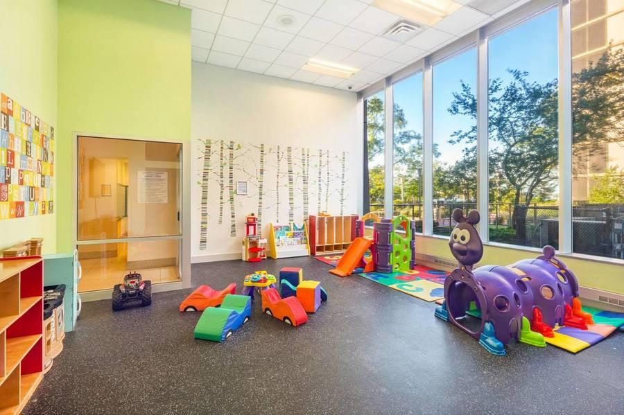 Gateway plaza childrens playroom
