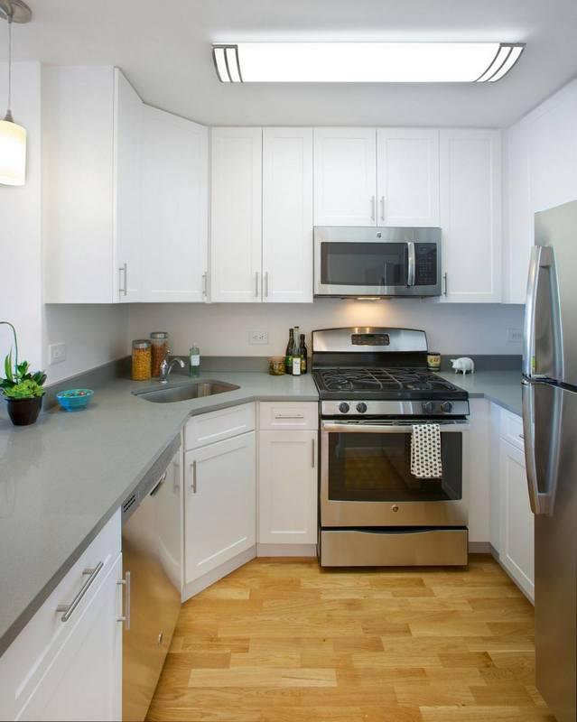 Gateway plaza kitchen1