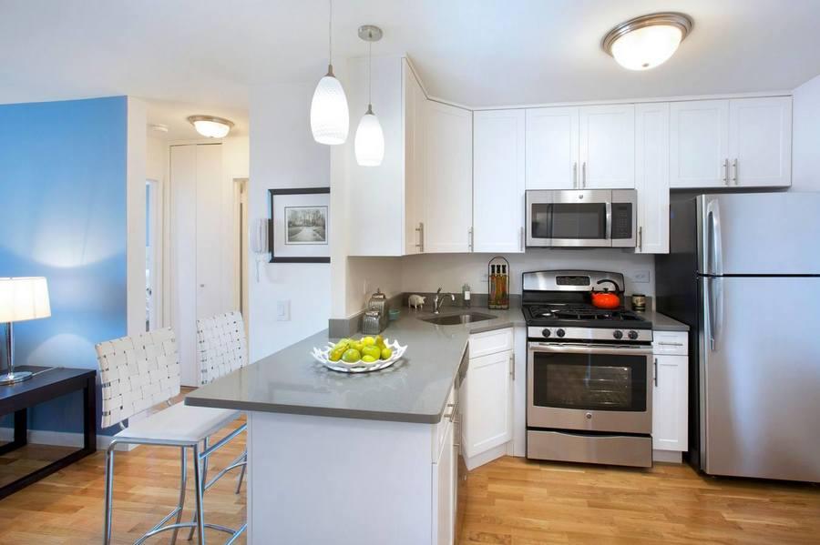 Gateway plaza kitchen2