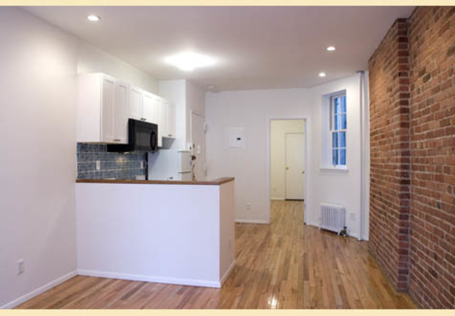 415 east 72nd street kitchen2