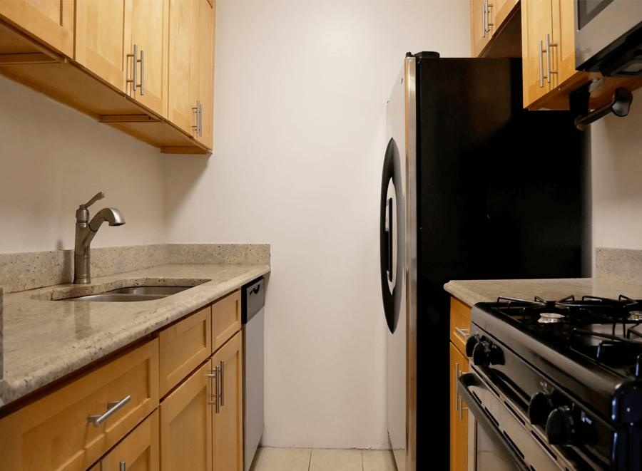 70 west 93rd street 1br 1ba kitchen