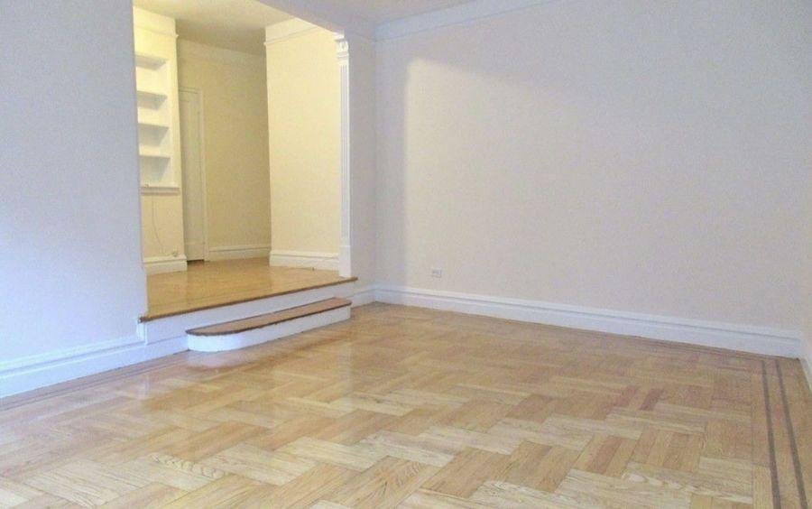 725 west 184th street studio living room1