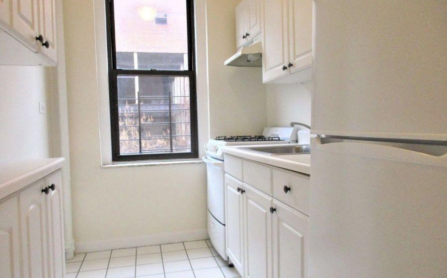 725 west 184th street studio kitchen